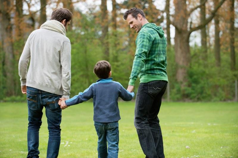 adozioni da parte di coppie gay e lesbiche è fattibile